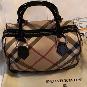 Burberry Supernova Check Black Leather Handbag 👜